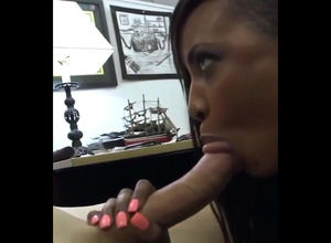 Young lady black  gives bj free of..