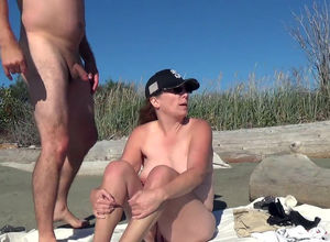 Lush Mummy penetrating on public beach