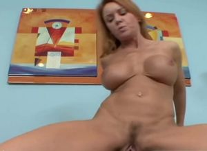 Mommy pornstarJanet Mason takes Big..