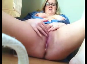 Hefty lady get pearly ejaculation from..