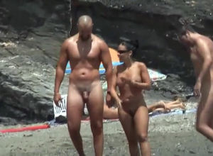 New spycam vid from nudists beach of..